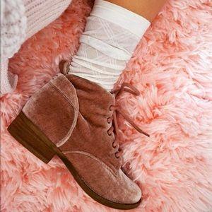 Rose velvet booties 💖
